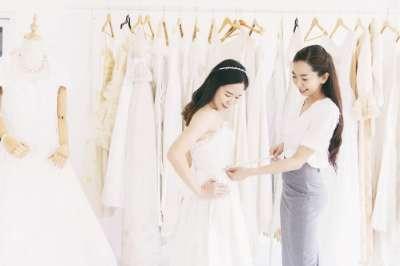 10 consejos para que su prueba de vestidos de novia sea todo un éxito.